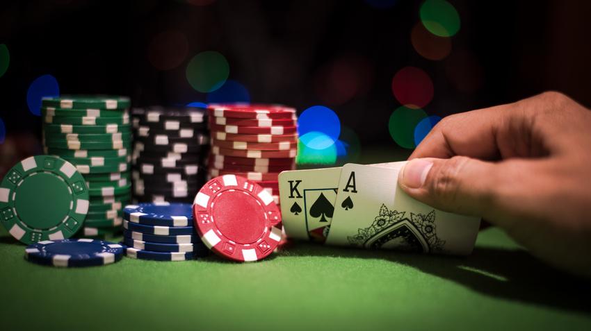 У Берегівській ТГ найближчим часом планують започаткувати змагання зі спортивного покеру. Про це повідомив головний спеціаліст відділу сім'ї та молоді Олександр Сільченко.