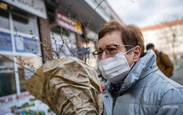 Заклади повинні тільки контролювати наявність масок у відвідувачів. Забезпечення масками покладається на самих відвідувачів.