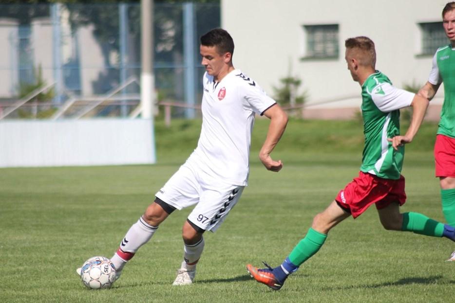 У 8-му турі чемпіонату Закарпаття з футболу МФА «Мункач» удома приймав ФК «Середнє».