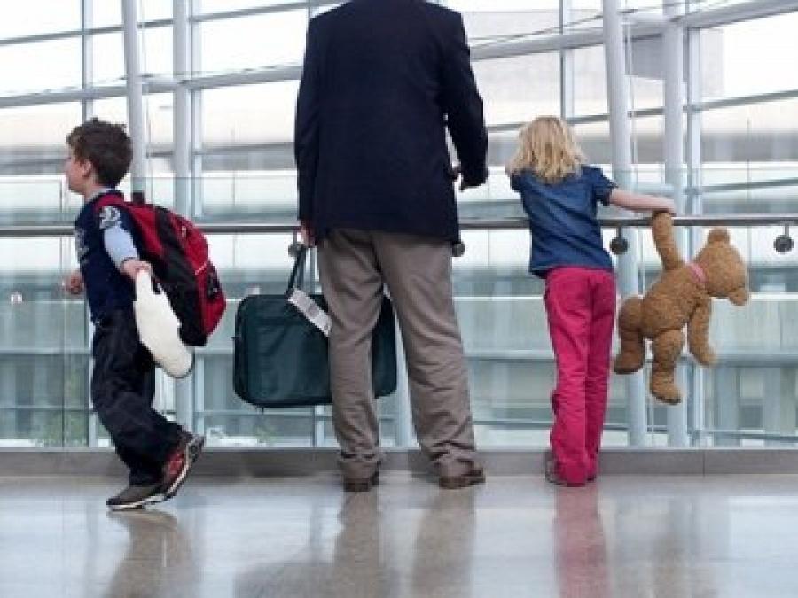11 липня прикордонники Чопського загону у пункті пропуску «Тиса» завадили незаконному вивозу  трьох неповнолітніх дітей до країн ЄС.