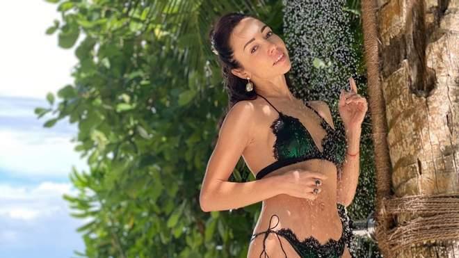 Прима-балерина Катерина Кухар з нагоди дня народження відправилась на Мальдіви з чоловіком і дітьми.