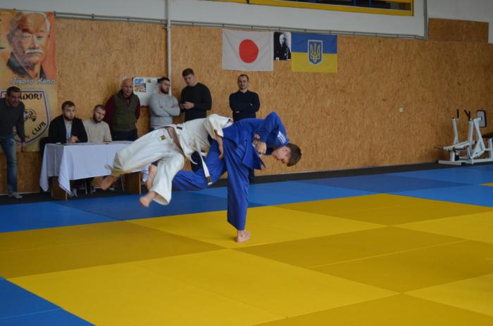 25 січня 2020 р. в Ужгородський районній ДЮСШ проходив Чемпіонат області з дзюдо серед кадетів до 18 років (2003-2005 р.н.).