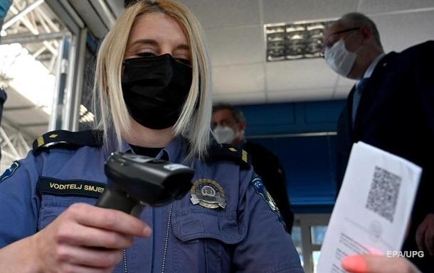Українці з COVID-паспортами зможуть вільно переміщатися країнами Європейського Союзу. Систему запустять в липні.