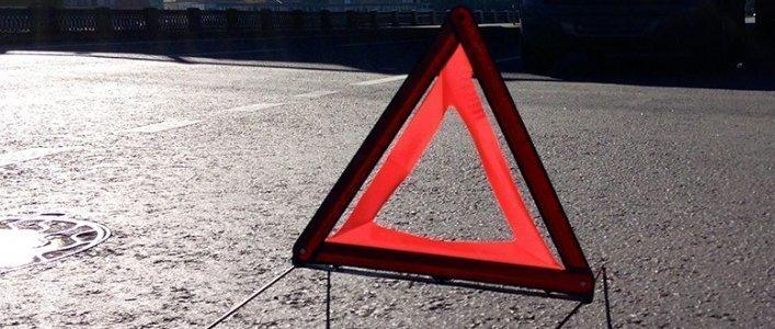 Правоохоронці перевірять факт надання 16-річному юнаку з м. Ужгорода, який не має права на керування, автомобіля «Chrysler Voyager» за участі якого, було скоєно наїзд на 4-річну дівчинку.
