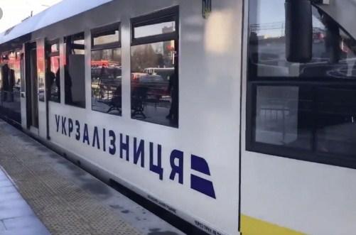 Політичне рішення про передачу компанії в управління Deutsche Bahn вже прийнято, повідомив Гончарук.