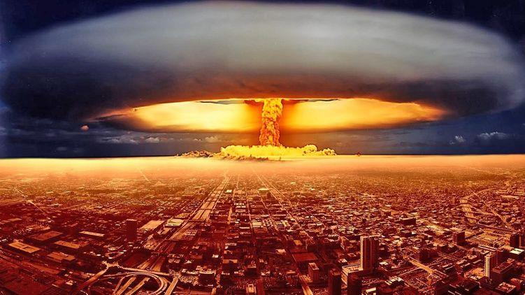 Стрілки символічного Годинника судного дня, що показують, наскільки людство близько до глобального ядерного катаклізму, в даний час показують 23:58.