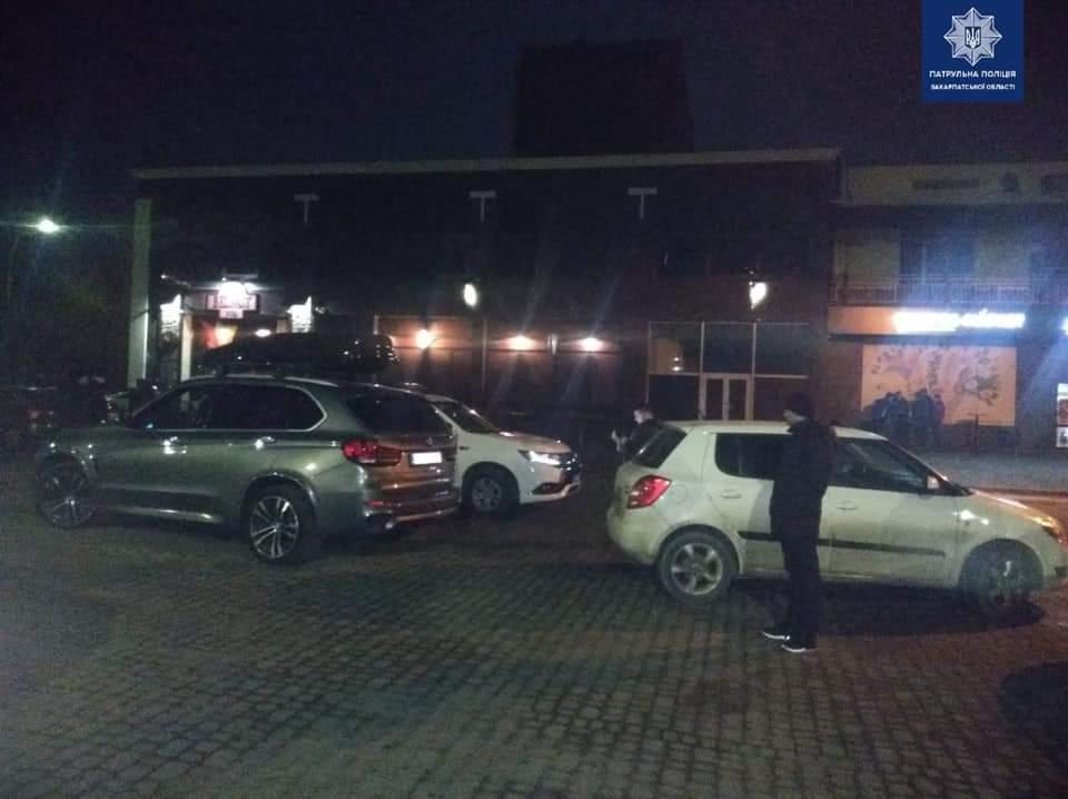 Вчера, около полуночи, в полицию поступил звонок о дорожно-транспортном происшествии без пострадавших.