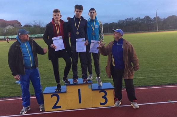 Днями в м.Івано-Франківськ пройшов Чемпіонат України з легкої атлетики серед юнаків.