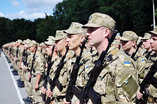 Ця подія відбулася сьогодні в Ужгородському об'єднаному міському військовому комісаріаті урочисто, з дотриманням усіх карантинних заходів.