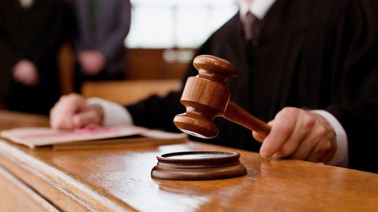 Прокурором Берегівської місцевої прокуратури доведено вину 52-річного місцевого мешканця у вчиненні повторної крадіжки (ч.2 ст.185 КК України).