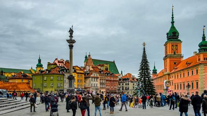 Число иностранцев с действительным видом на жительство в Польше увеличилось почти на 5 процентов в первом квартале 2021 года.