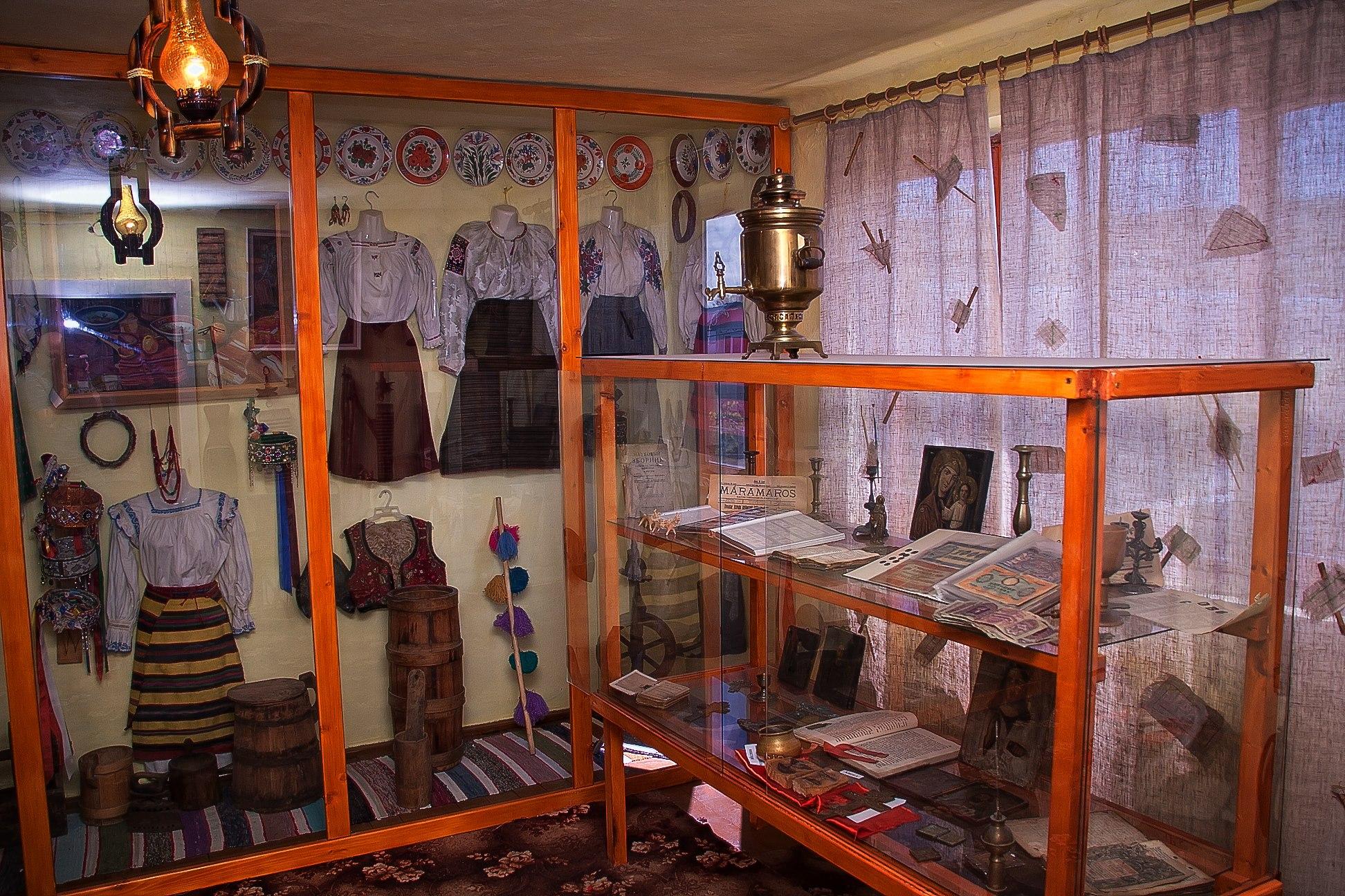 На Закарпатті унікальний музей потребує негайного ремонту покрівлі