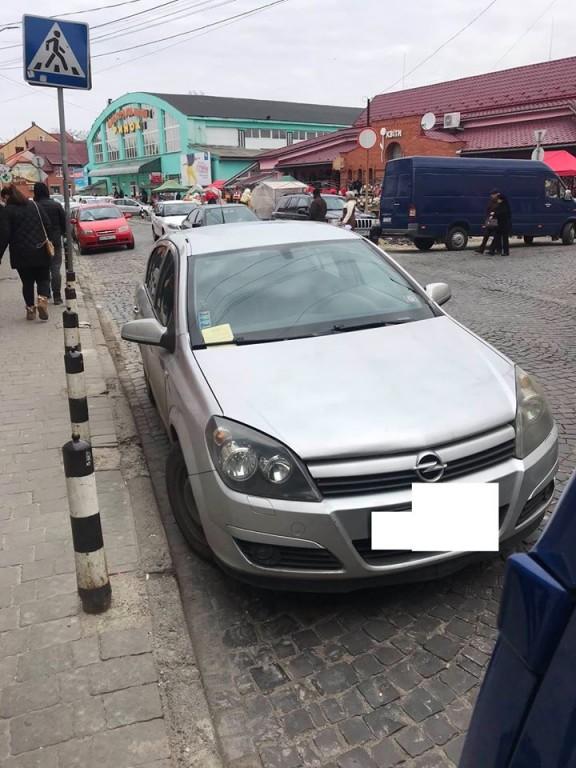 Незважаючи на збільшення чисельності інспекторів з паркування на вулицях міста, водії не стали більш законослухняними та уважними.