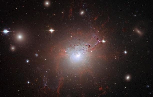 Космічна структура гігантських розмірів має велику щільність і є однією з найбільших відомих об'єктів.