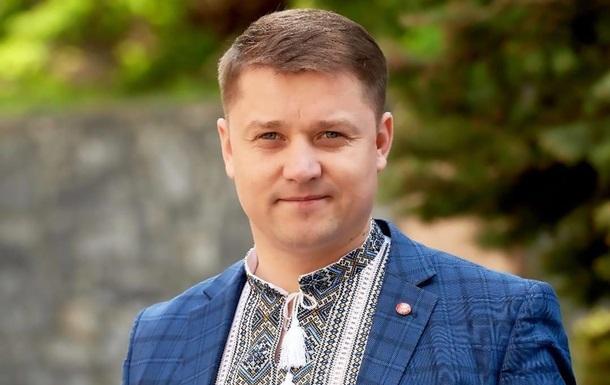 Така реакція була викликана численними скаргами мешканців Рівного, в тому числі петицією на сайті міської ради, пояснив Олександр Третяк.