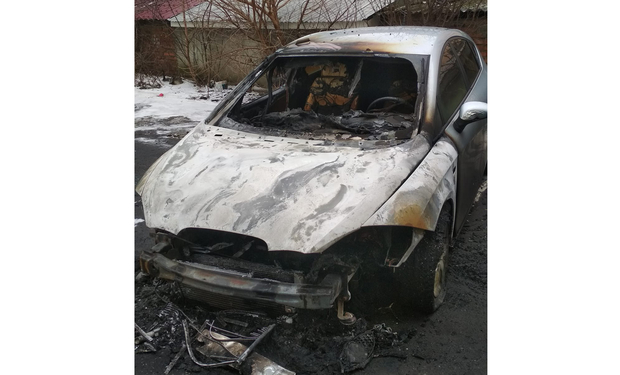 Про підпал свого автомобіля повідомив ужгородець Василь Прокопишин.