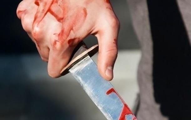Вбивця пробрався вночі в палату до хворого і завдав йому ножові поранення, несумісні з життям.