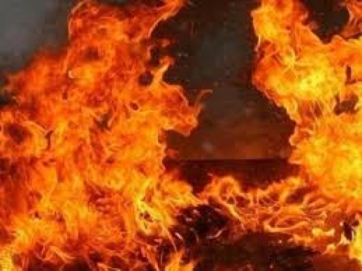 Під час займання вогнем,  знищено перекриття та крівлю на площі 30 м кв.