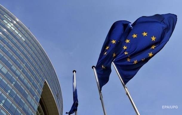 Общий запрет на некритичные поездки жителей Украины в Евросоюз сохраняется и с 1 июля, но вводится ряд исключений.