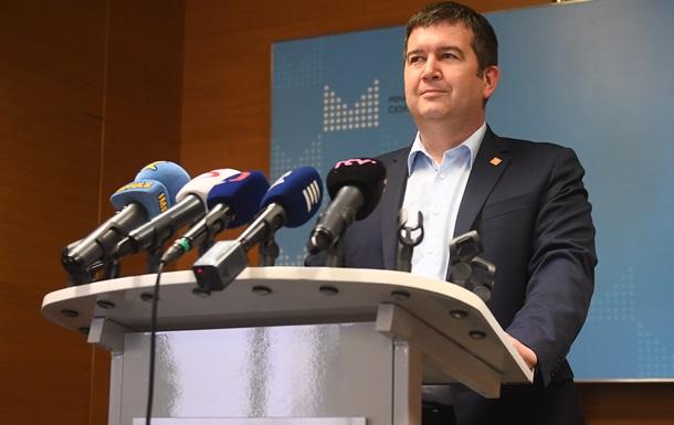 Протягом двох діб 18 російських дипломатів з посольства в Празі повинні залишити країну. Їх звинувачують в роботі на спецслужби.