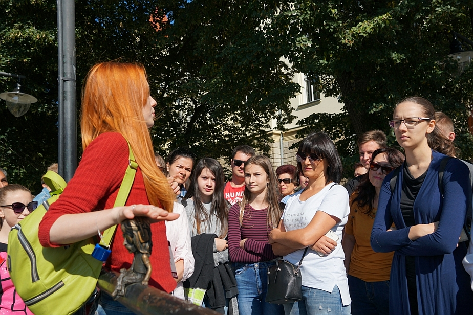 Безкоштовну екскурсію Ужгородом сьогодні провели у рамках відзначення Дня міста.
