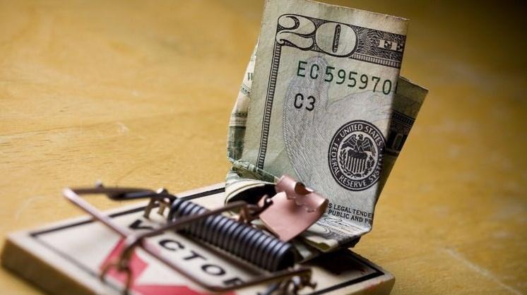 За українськими борговими паперами шикуються черги покупців. 16 липня Мінфін продав ОВДП на рекордну суму в 33,3 млрд гривень, в тому числі, в валютних - на мільярд доларів.