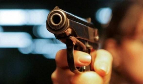 У чоловіка стріляли з автомобіля.