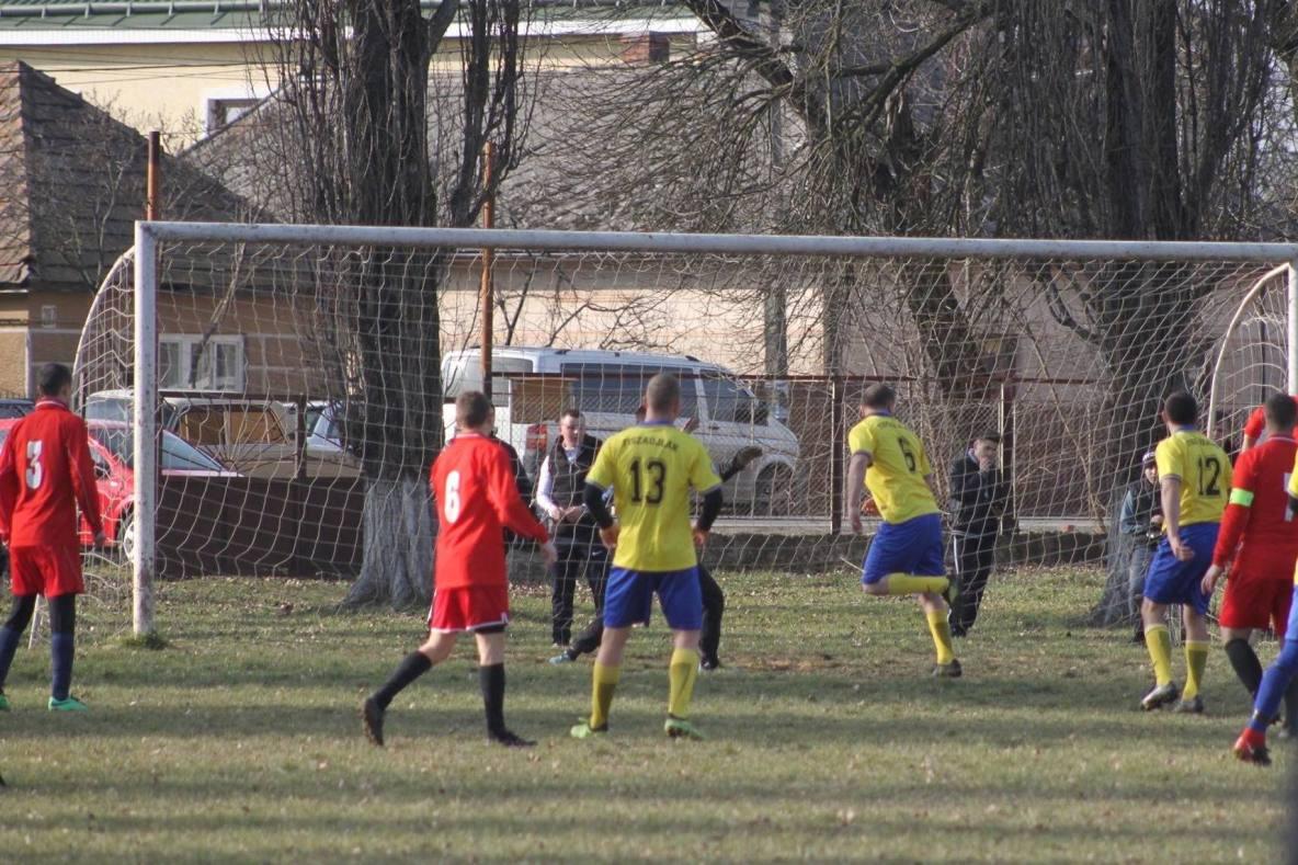 У неділю, 16 лютого, відбулись ігри другого туру Зимового кубка Берегівського району з футболу.