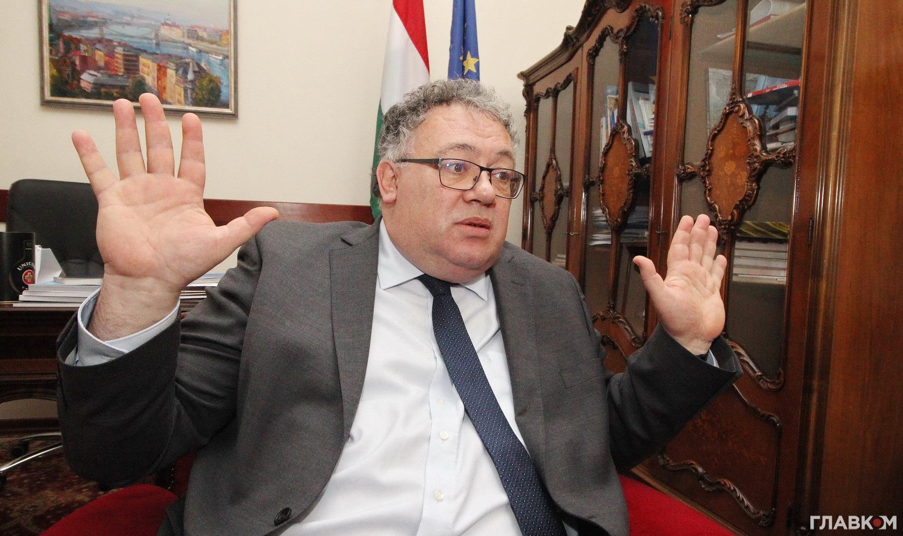 Посол Угорщини Іштван Ійдярто запевнив, що в Будапешта не може бути територіальних претензій до України, як і немає підстав для сепаратизму угорців Закарпаття.