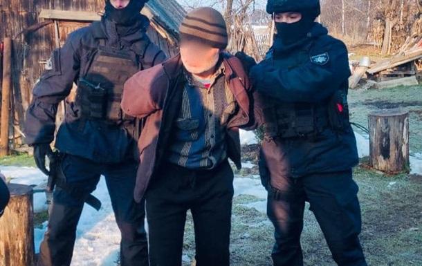 З місця події поліцейські вилучили набої і гільзу та інші речові докази і направили все на експертизу.