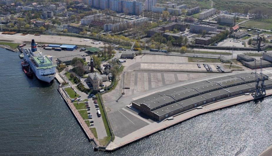 Інцидент стався в порту міста Гданськ ввечері 22 липня. 31-річний заробітчанин працював там вантажником.