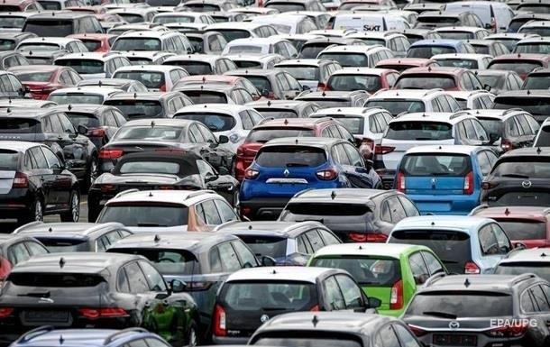 У 2019 році українці придбали та зареєстрували 408,1 тисячі одиниць старих легкових автомобілів.