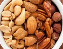 Закарпатцям на замітку: волоські горіхи запобігають хворобам серця та шлунка