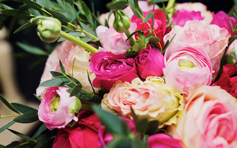 31 березня народились: Калинич Іван, Петеї Юдіта та Шутка Інна.