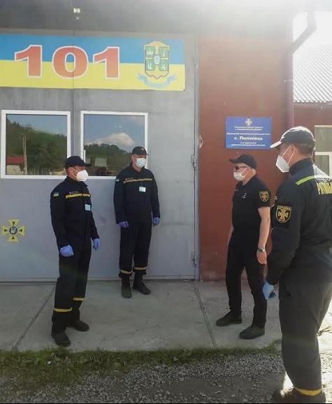 Во время визита к Межгорского района начальник Управления ДСНС Украины в Закарпатской области Мирослав Щербей посетил пожарно-спасательные подразделения, которые дислоцируются в районе.
