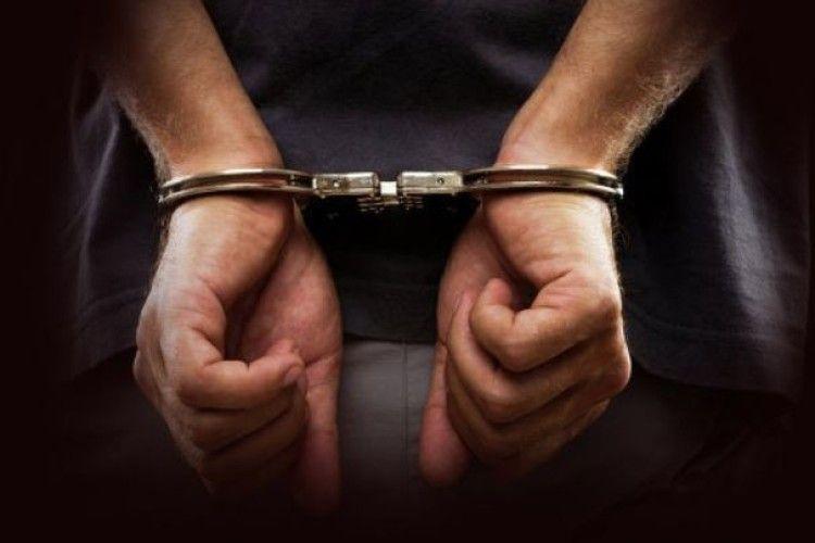 41-річному місцевому жителю, якого підозрюють у вчиненні наркозлочинів, обрано запобіжний захід у вигляді тримання під вартою з альтернативою 132 тис. грн застави.