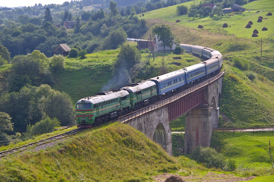 З 12 жовтня поточного року змінюється курсування низки поїздів на Прикарпатті.
