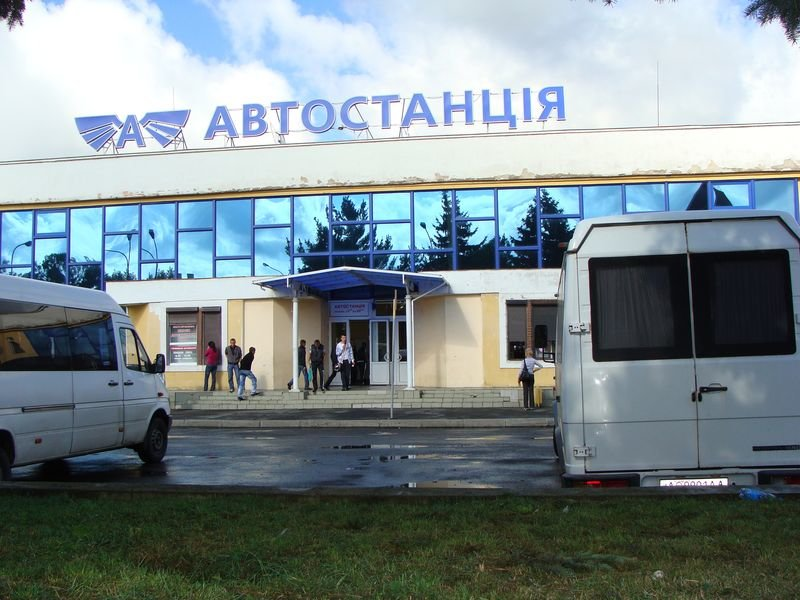 Українцям не варто розраховувати найближчим часом на відновлення роботи транспорту, про що заявив головний санітарний лікар Віктор Ляшко в ефірі одного з телеканалів.