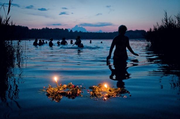С 6 на 7 июля отмечается праздник Ивана Купала, овеяна множеством историй, легенд, мифов и суеверий.