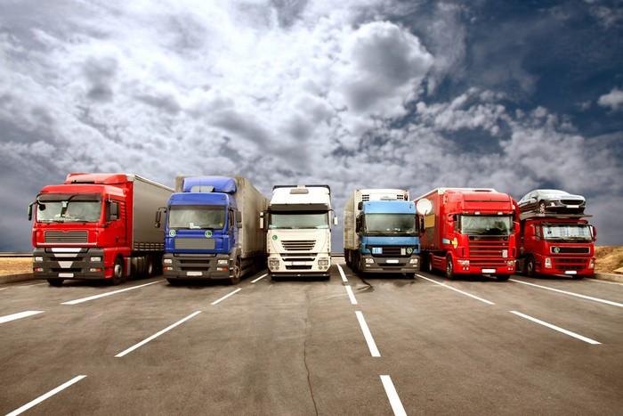 На переходе Ужгород-Вышне Немецке днях застряли 7 грузовиков, направлявшихся в страны ЕС.