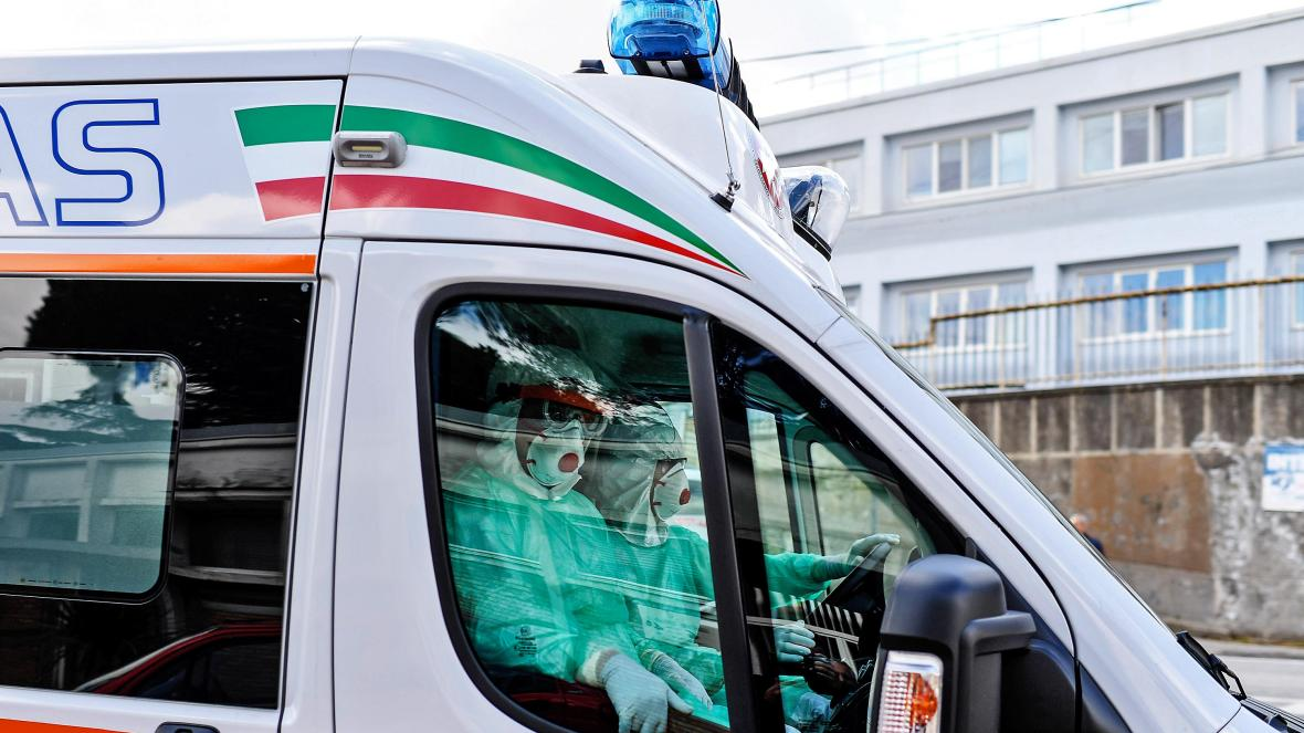 Водії карет швидкої допомоги неодноразово отримували погрози від представників італійської мафії.