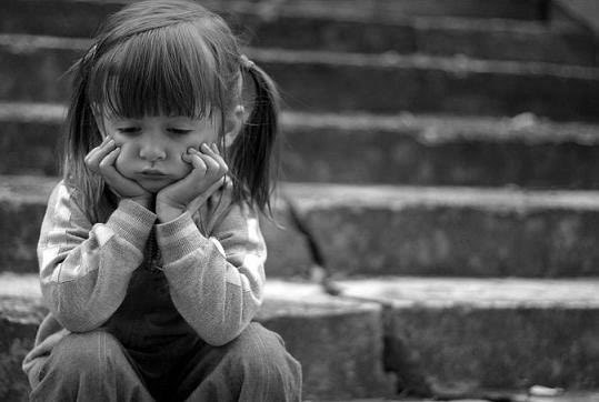 Одна дитина набула статус дитини-сироти, друга дитина статус дитини, позбавленої батьківських прав.