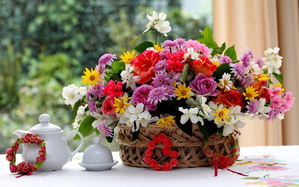 8 лютого народились: Туряниця Іван та Катринець Іван.