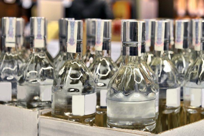 Учасники ринку нарікають, що тіньовий ринок алкоголю б'є по «білих» виробниках.