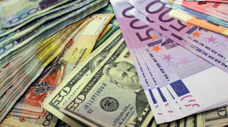 Курс валют на 24 травня: гривня взяла гору над євро