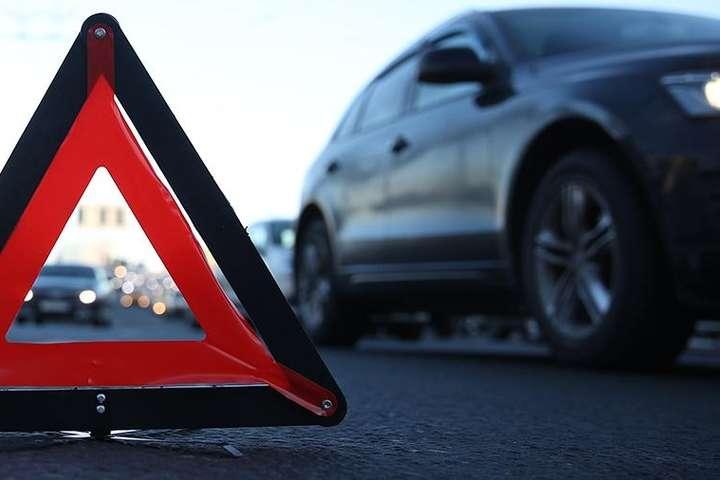 У 2019-му році на дорогах Закарпатської області сталось менше аварій, ніж у 2020-му.
