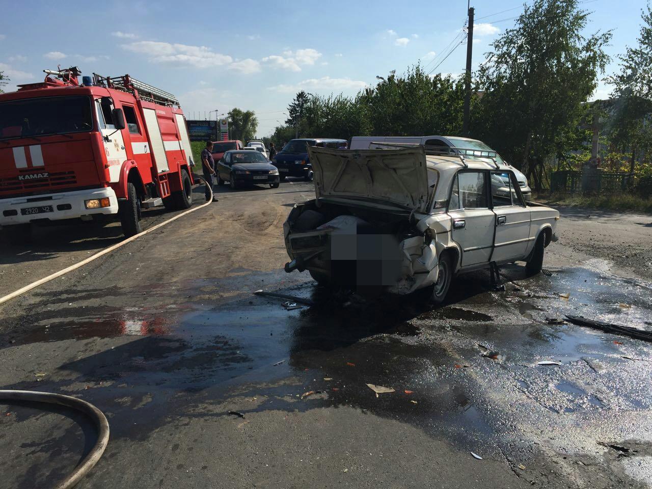 З'явились офіційні подробиці потрійної ДТП на Виноградівщині (ФОТО)