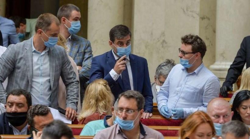 Депутати нарешті схвалили останню редакцію виборчого кодексу.
