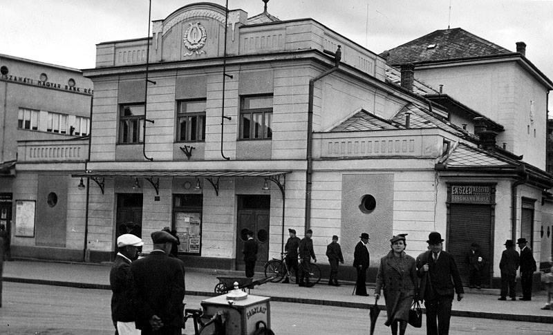 Унікальна світлина лялькового театру в Ужгороді (фото)