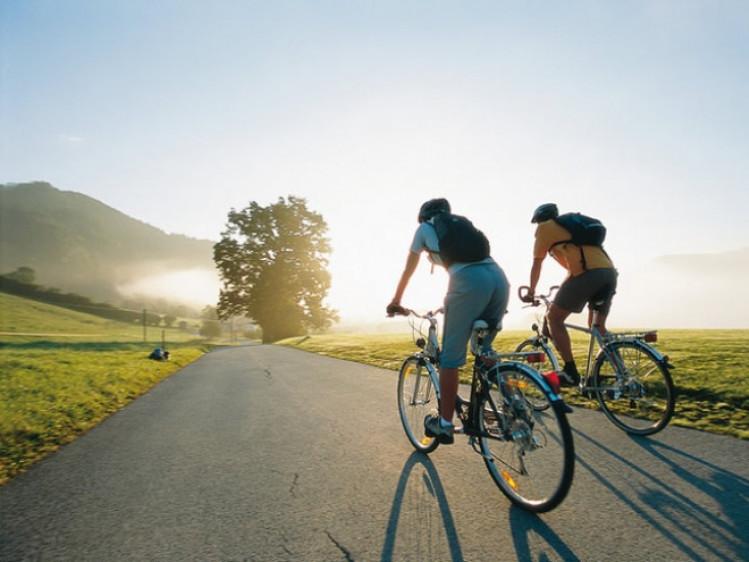 Заїзд також носитиме пізнавальний характер (тобто формат велоекскурсії), тому на кожній зупинці буде фото на згадку та невеличка оповідь гіда-екскурсовода.